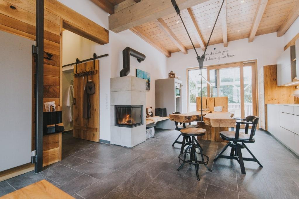 Ferienhaus mit Kaminfeuer
